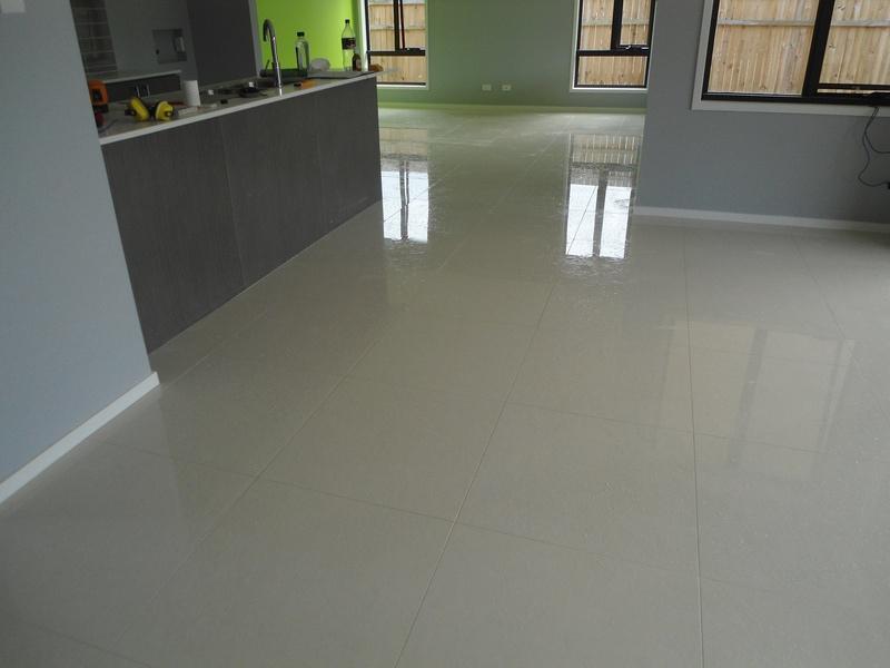 White Porcelain Floor. White Porcelain Floor I - Activavida.co